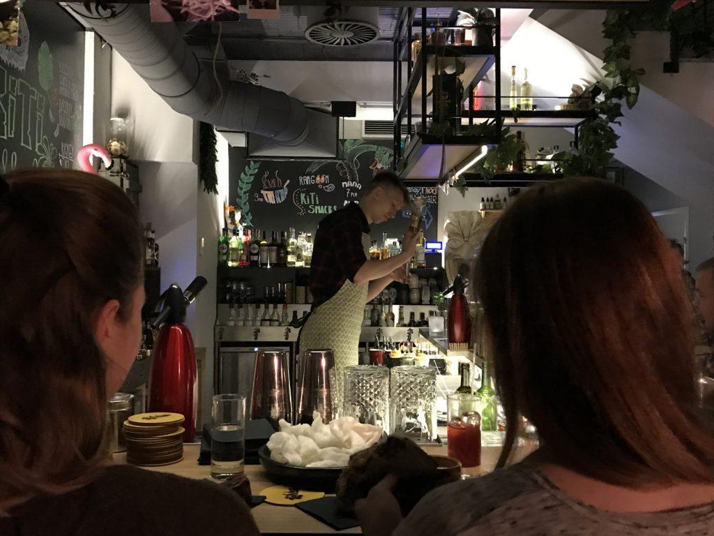 Cocktailbarer i Warszawa Kiti