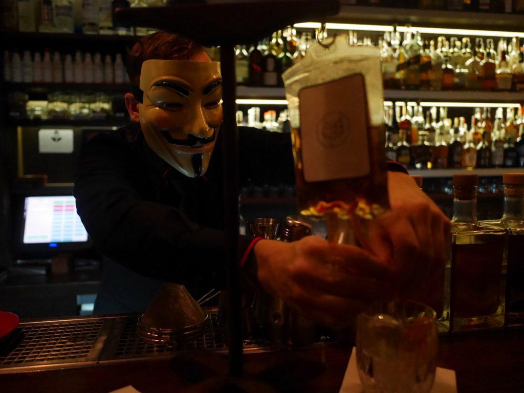 Cocktailbarer i Prag AnonymouS Bar