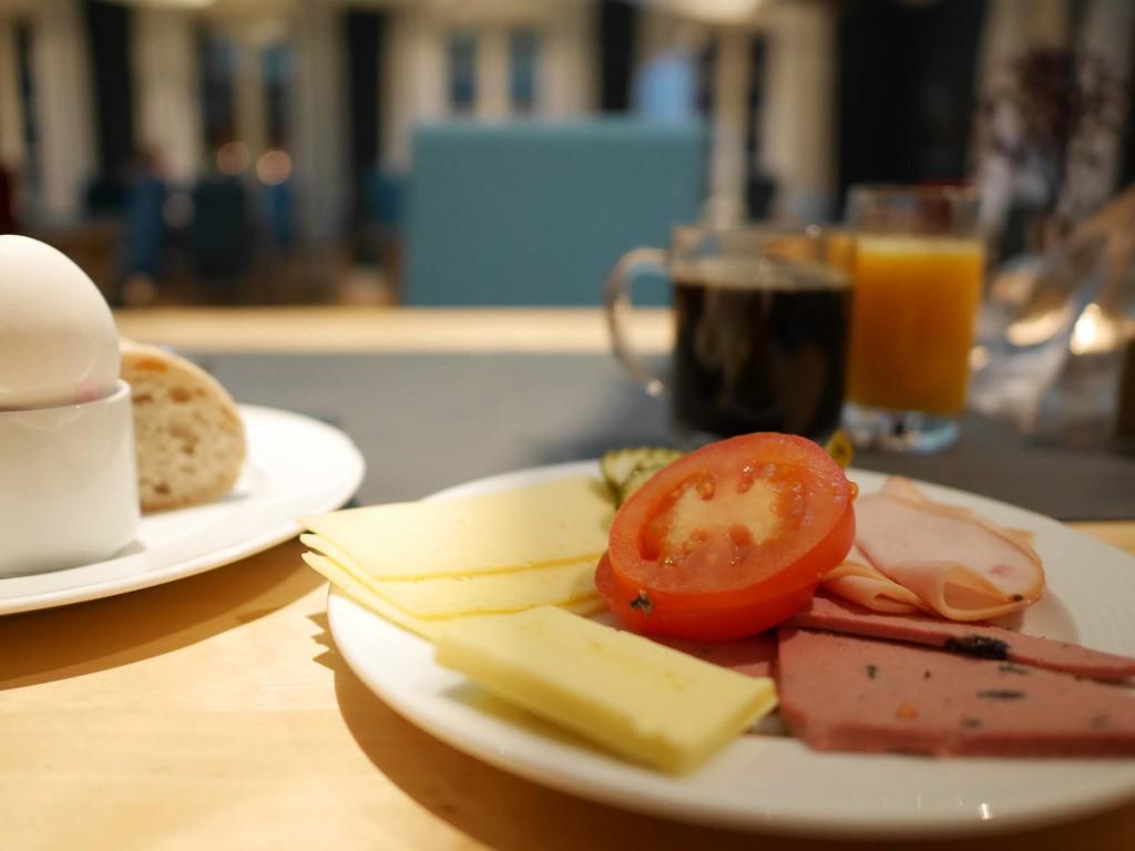 Frukost på Icehotel