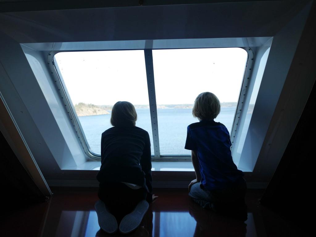 Utsikt från hytt längst fram i Tallink Silja färja