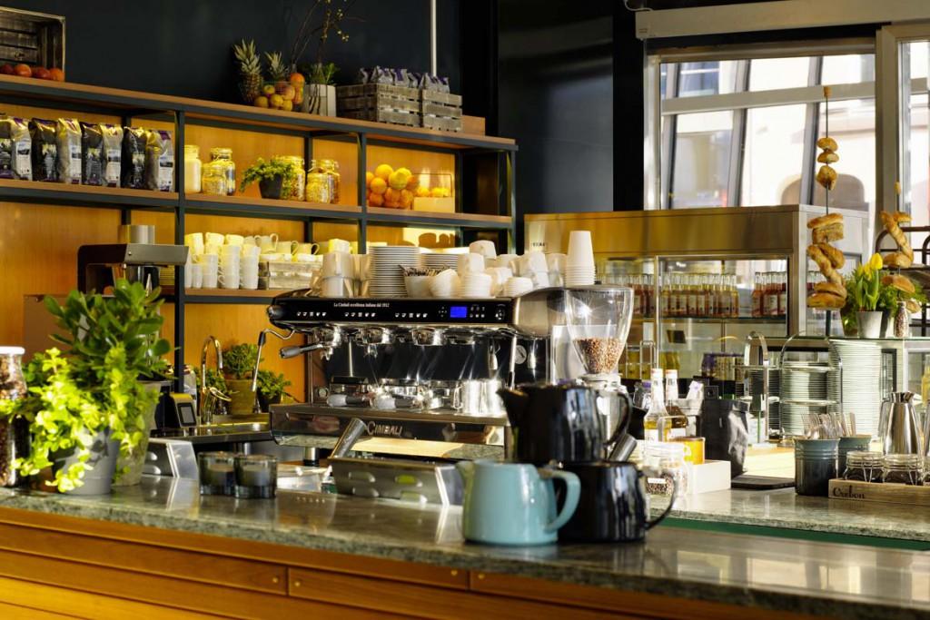 Kaffé i Scandic Continental