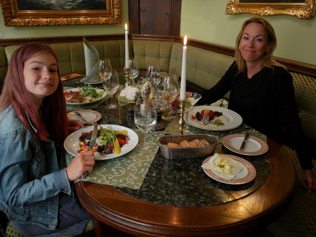 Restauranger i Gdansk Pod Lososiem