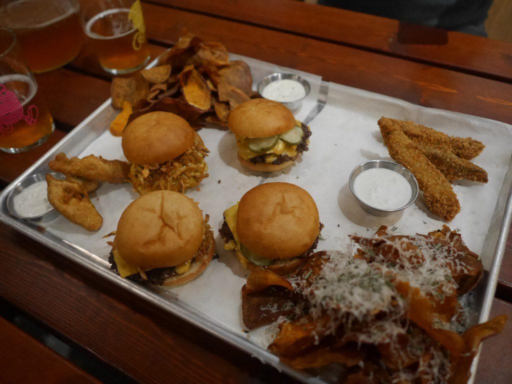 Lådan - Restaurang med hamburgerfokus