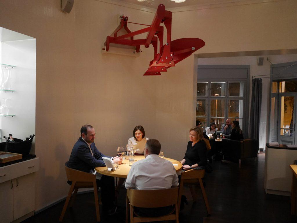 Restauranger i Prag Field