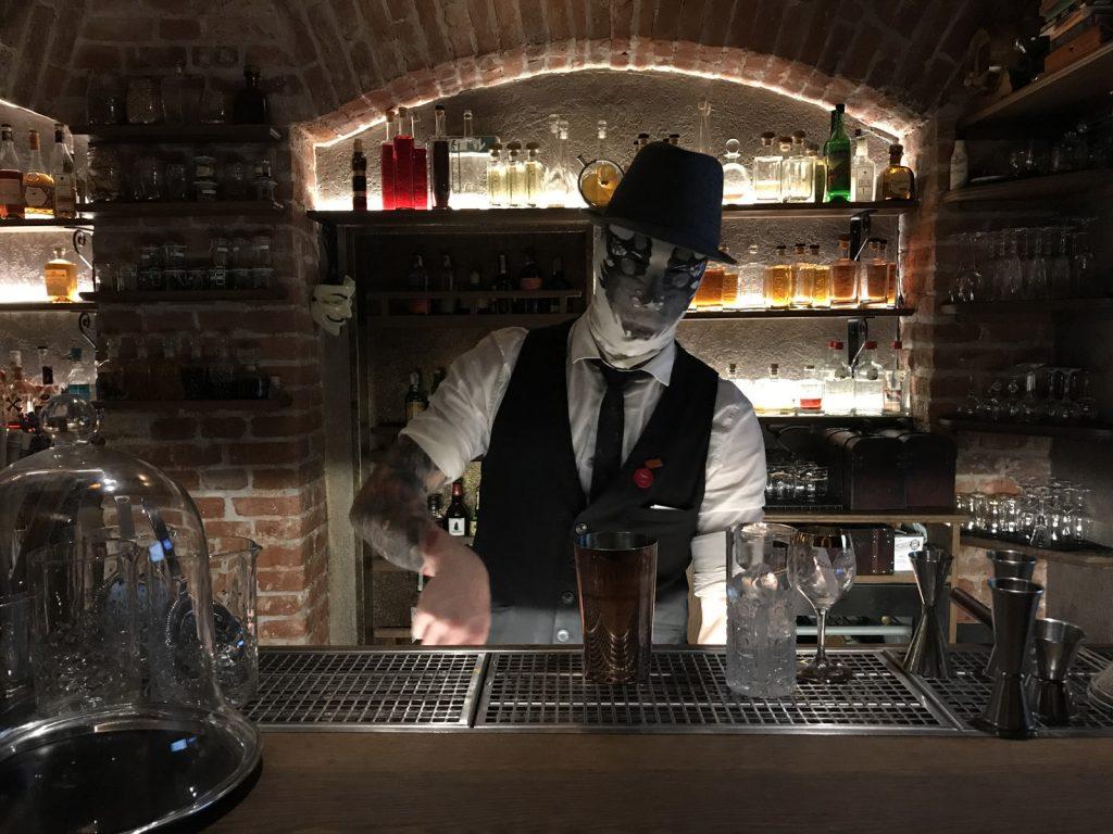 Cocktailbarer i Prag AnonymouS Shrink's Office