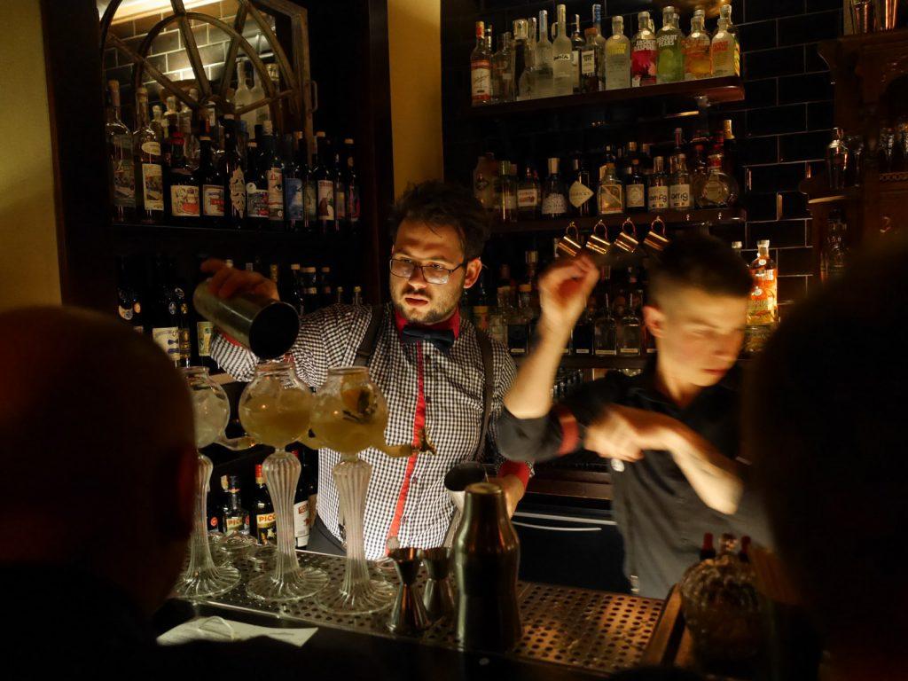 Cocktailbarer i Prag Hemingway