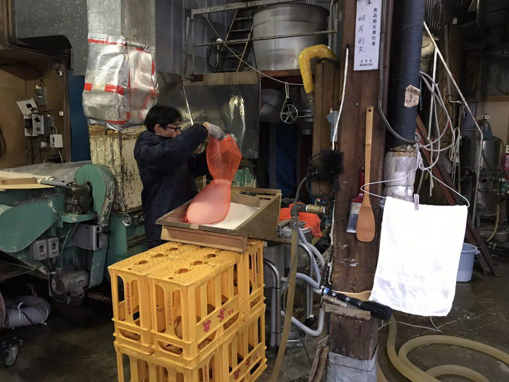 Rundvisning på Sakébryggeri