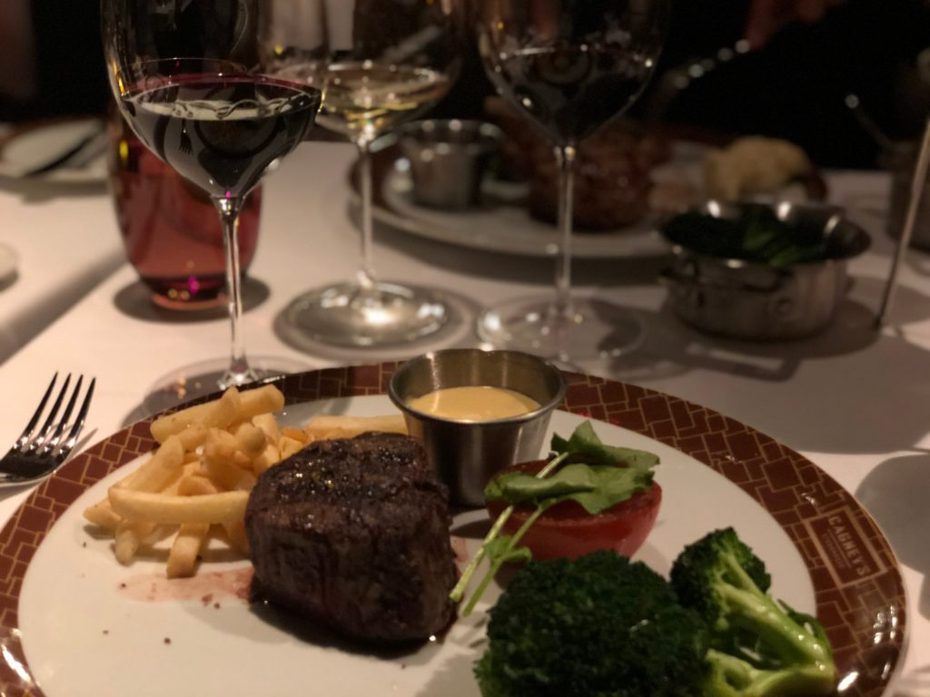 Restauranger på Norwegian BlissCagney's Steakhouse