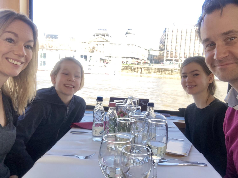 Lunchkryssning i Budapest