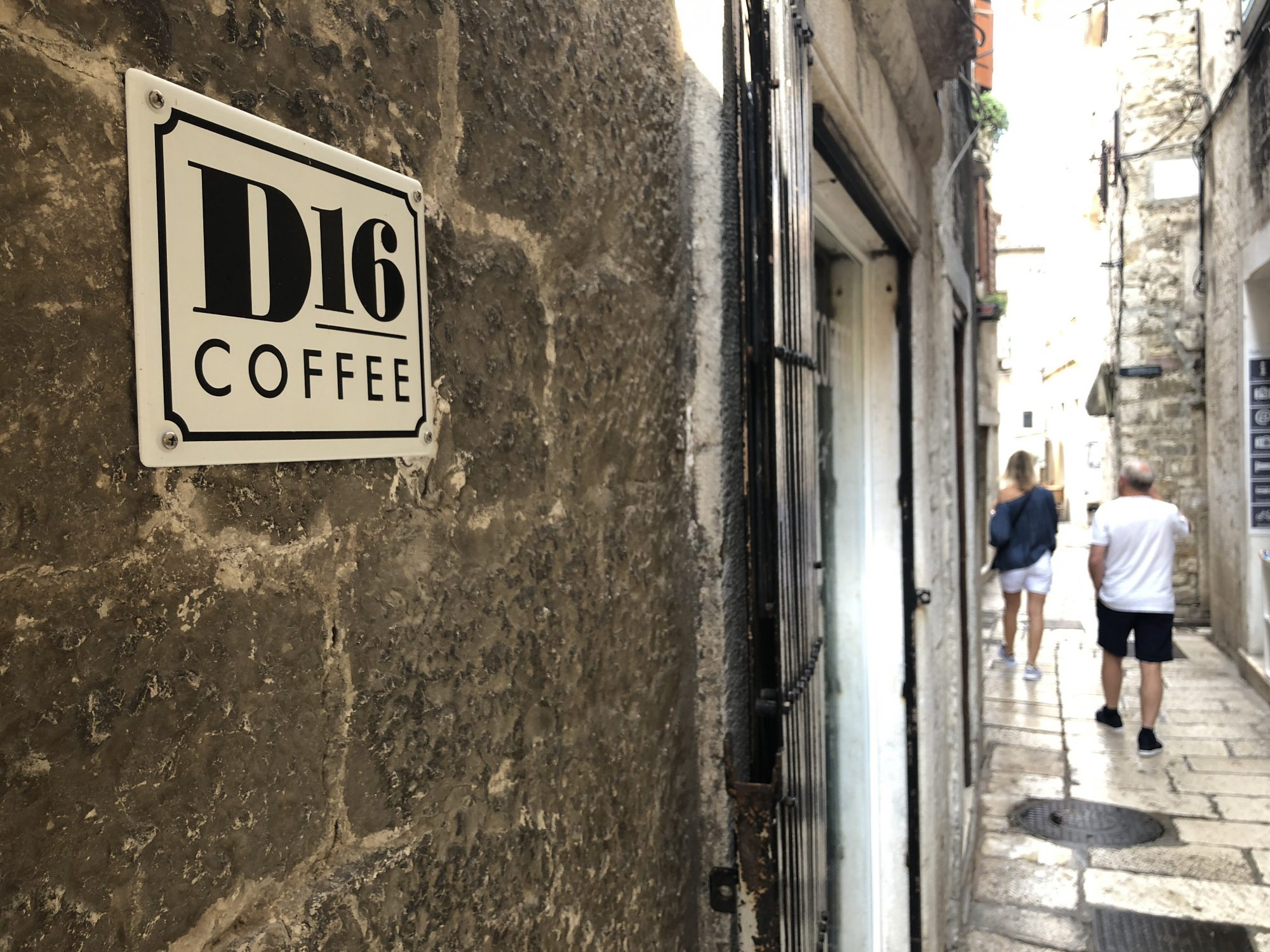 D16 coffee