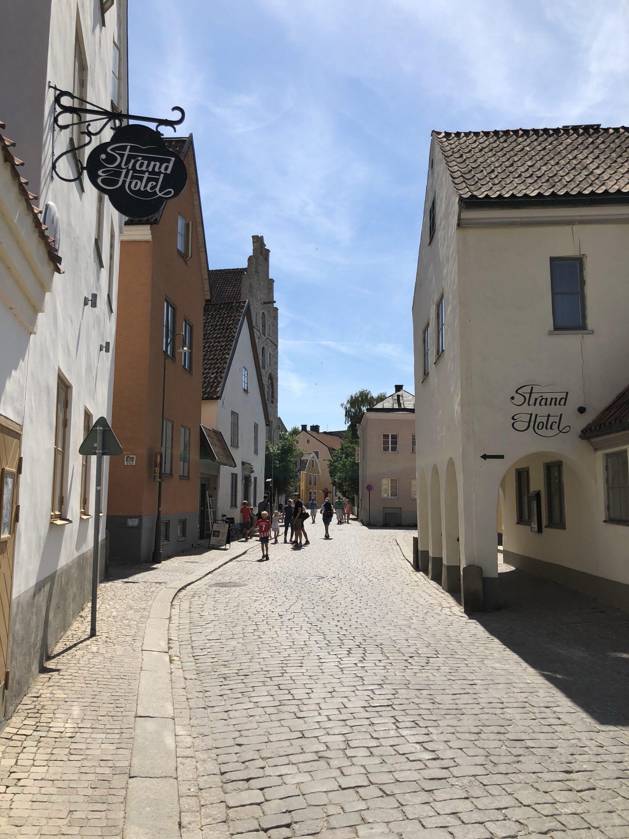 Strosa runt i Visby