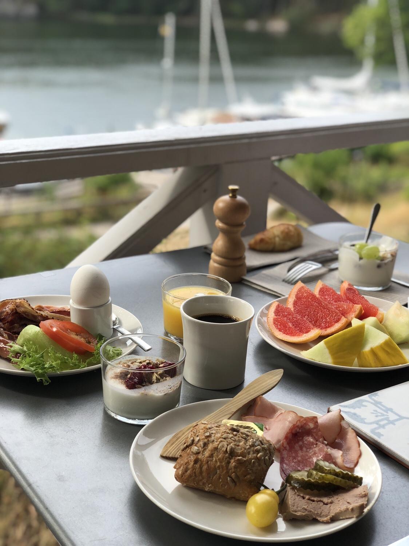 Frukosten på Smådalarö Gård