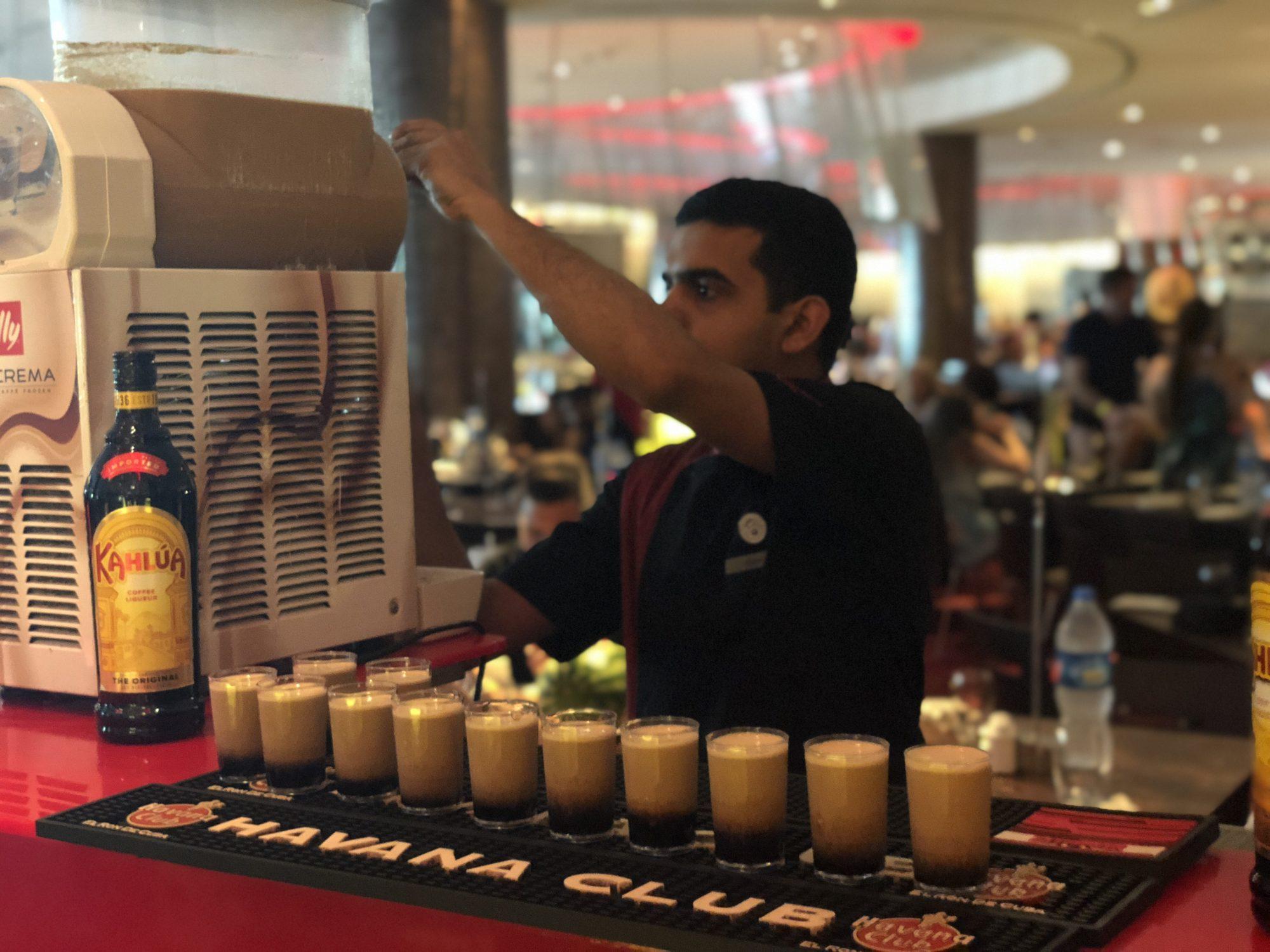 Bäästa Fredagsbrunchen i Dubai på Atlantis the Palm