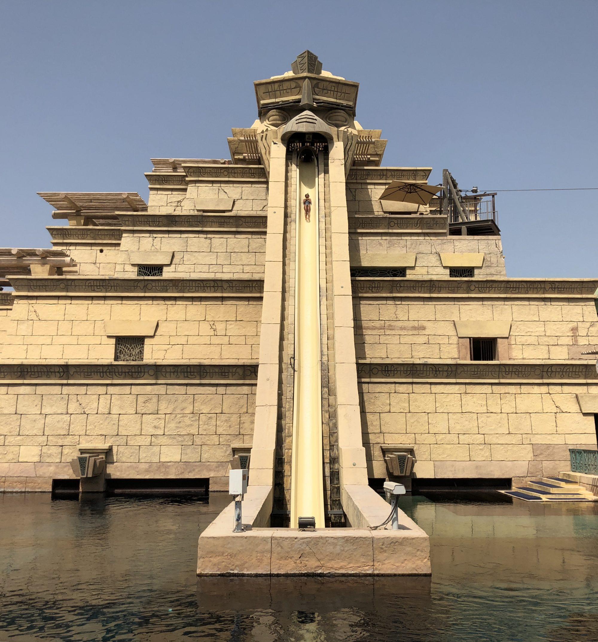 Vattenrutschbanor på Aquaventure i Dubai