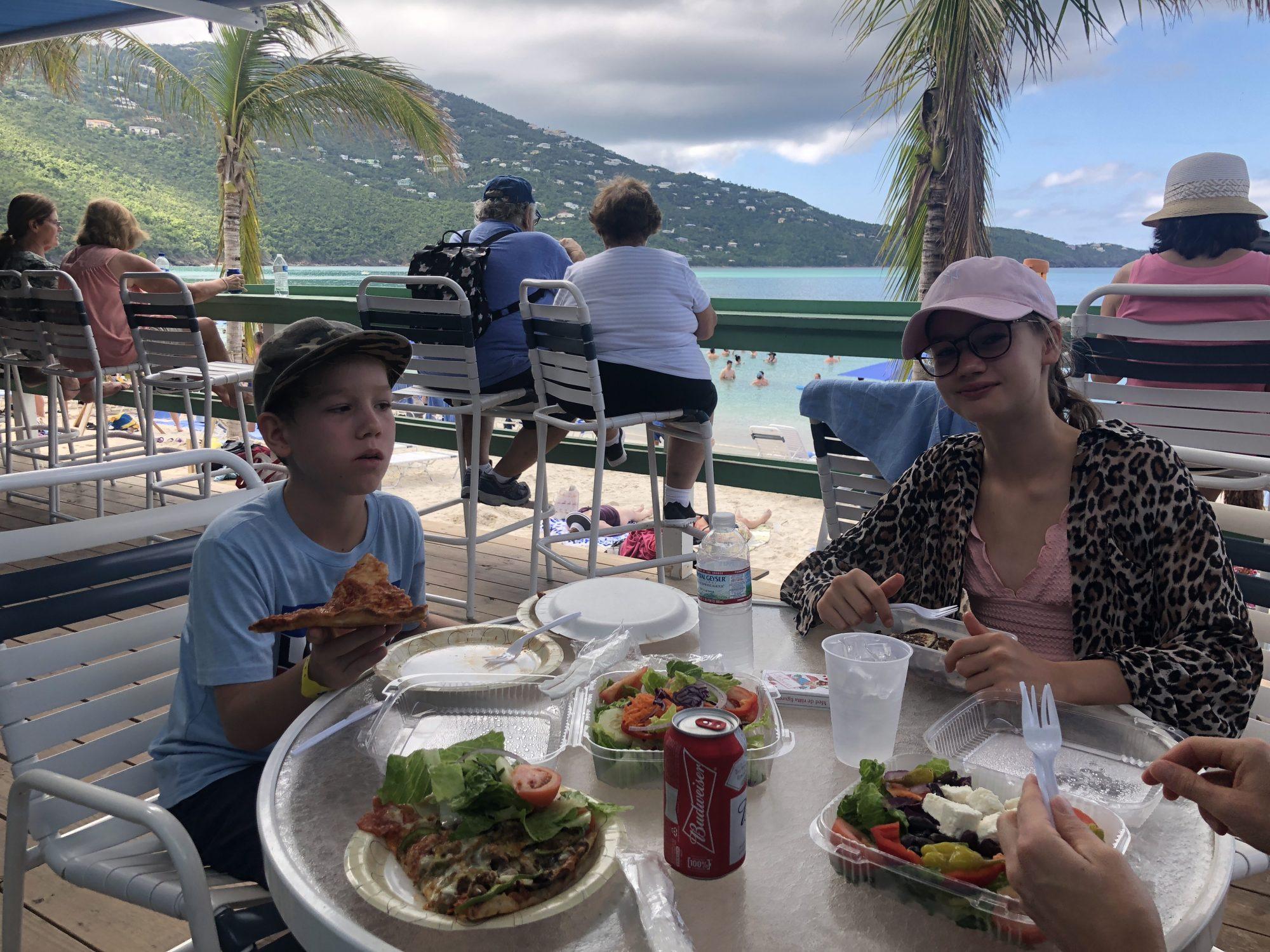 Lunch på Megan's bay