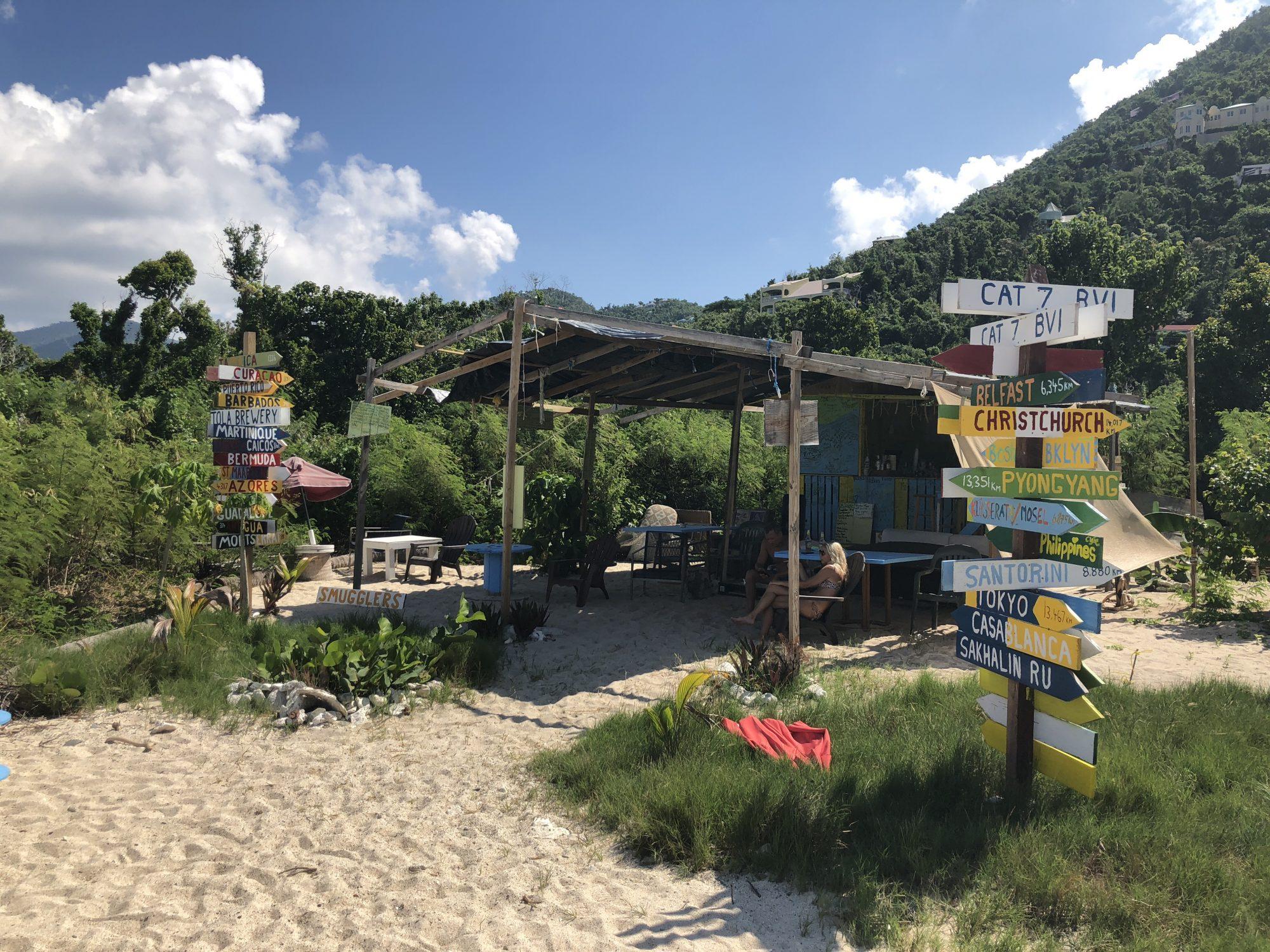 Bar vid Smuggler's Cove på Tortola