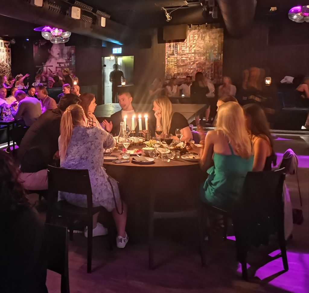 Ochaya dinnerclub på Kasai
