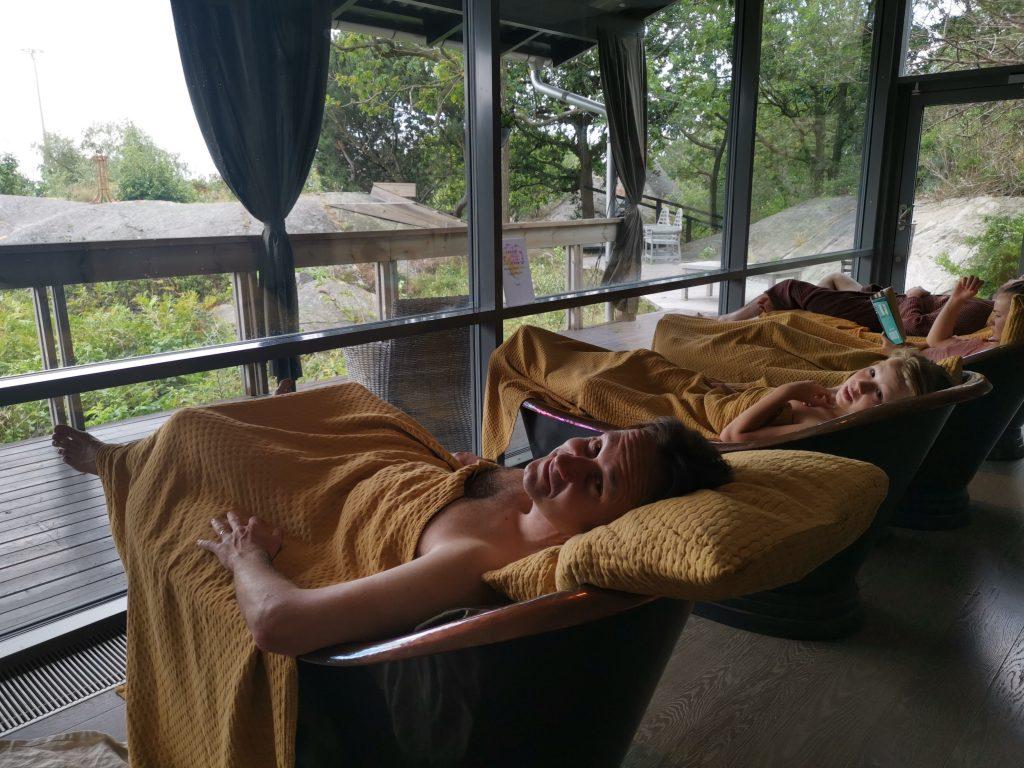 Arken hotells spa - Art Garden Spa kopparkar