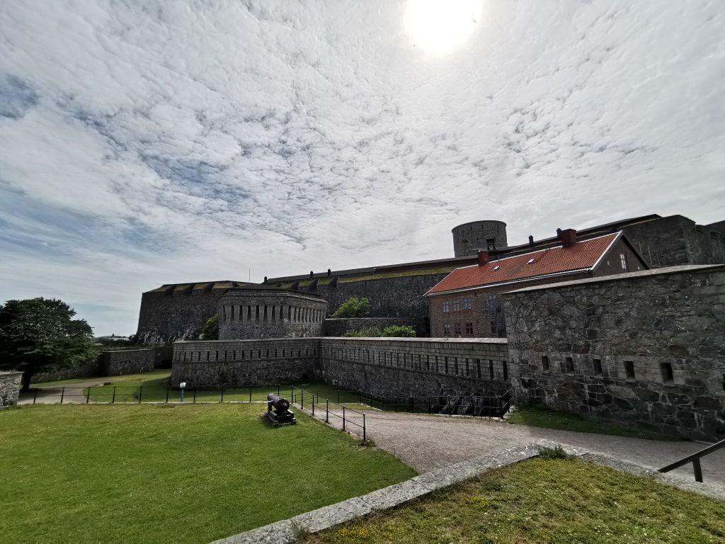 Karlstens fästning