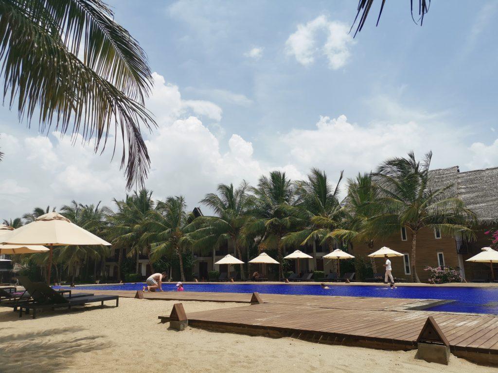 Hotell på Sri Lankas östkust - Maalu Maalu Resort & Spa