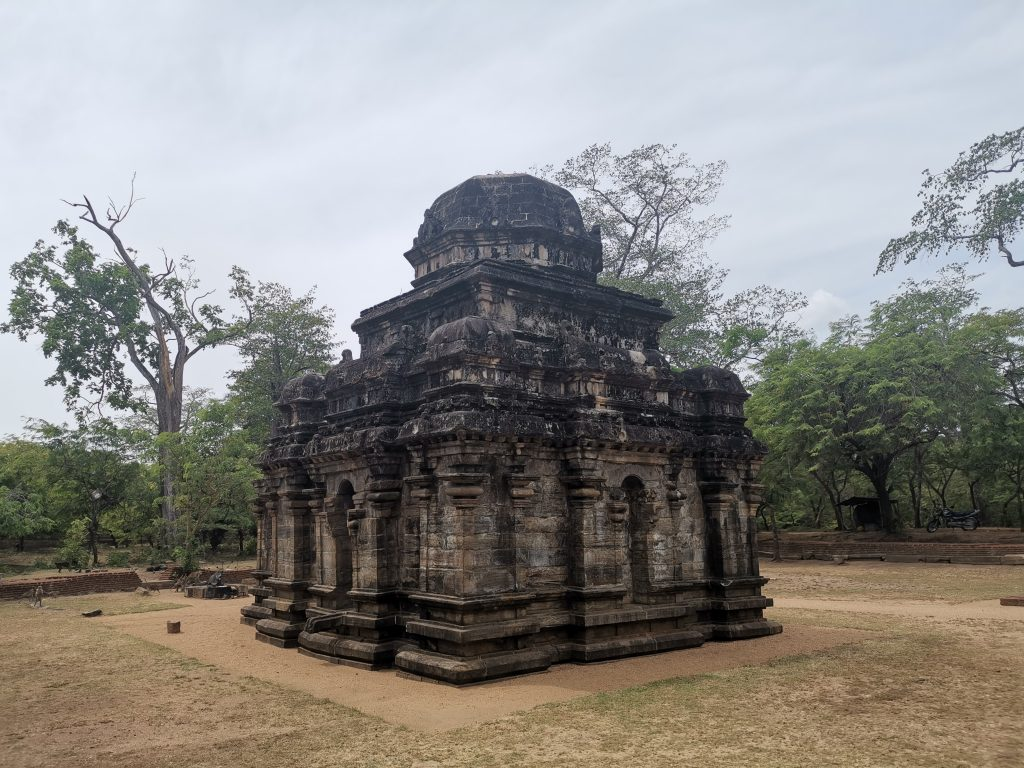 Besöka Polonnaruwa i Sigriya