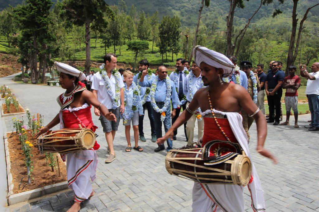 Hotellinvigning på Sri Lanka