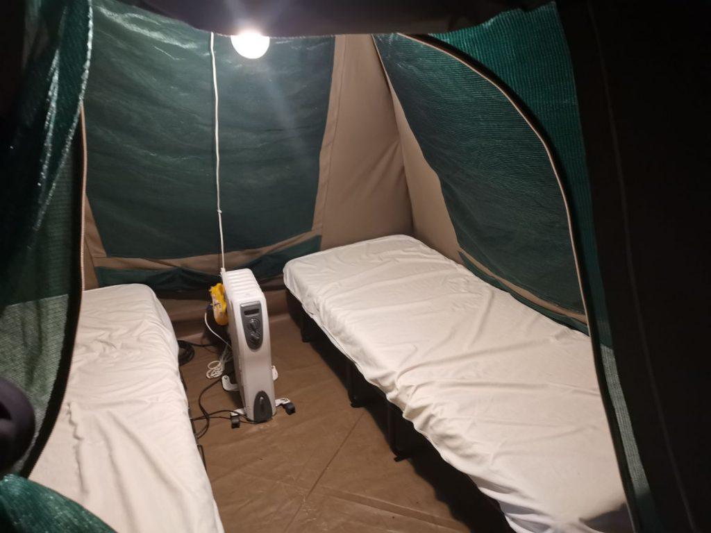 Tält på safari Camp på Kolmården