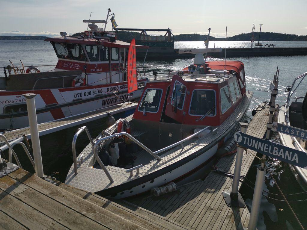 Taxibåt till Grinda från Vaxholm