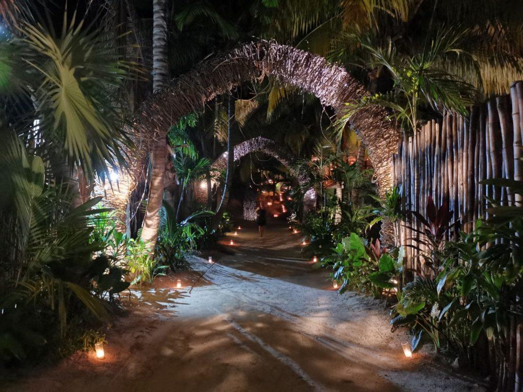 Tabuu - beach club och restaurang