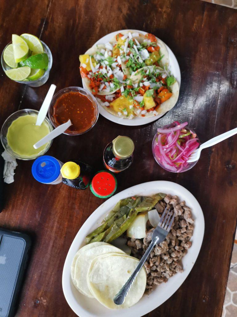 Taqueria El Arbolito Restauranger i Tulum Town
