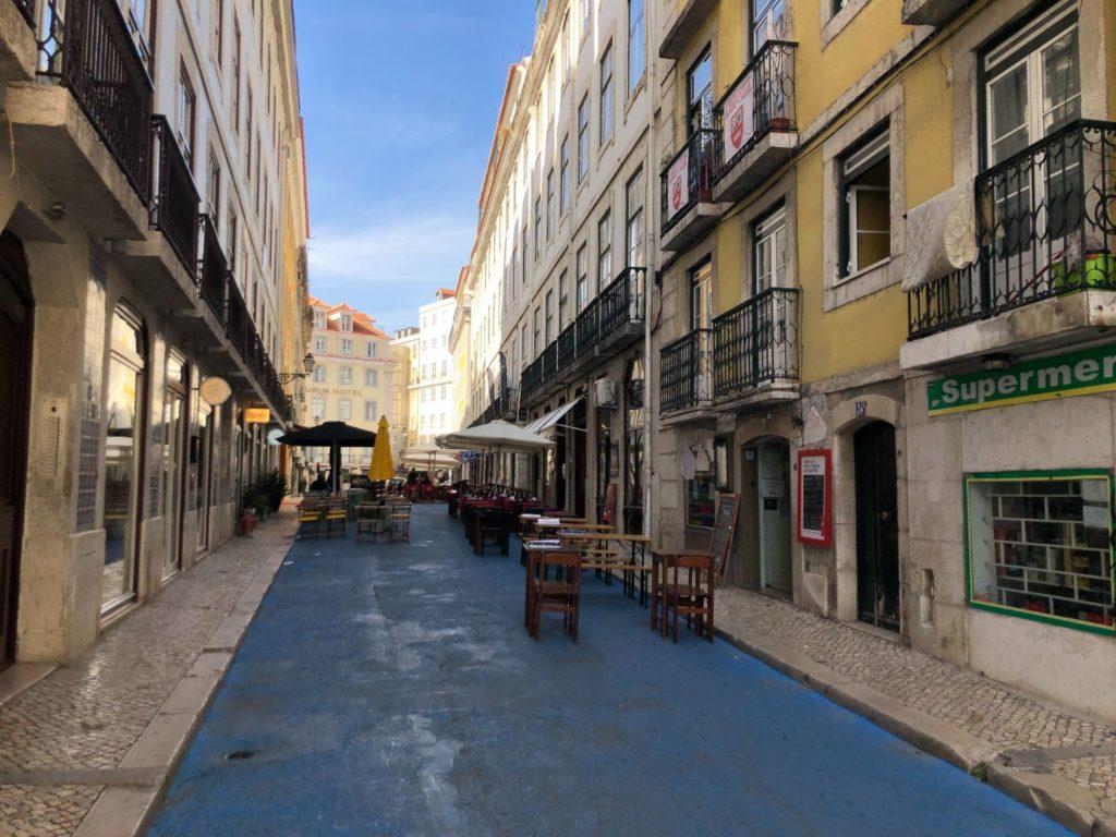 Blåa gator i Lissabon