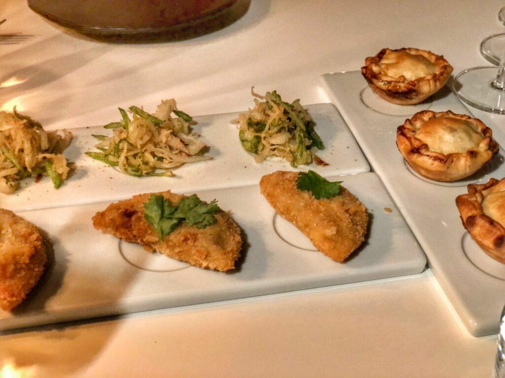 Tapas på Portugisisk Restaurang i Stockholm - Ät:eljé i Finnboda Hamn