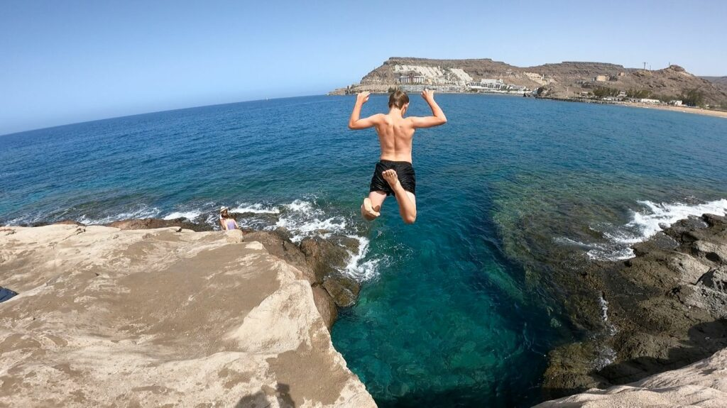 Gran Canarias bästa hoppklippa - Tauro beach