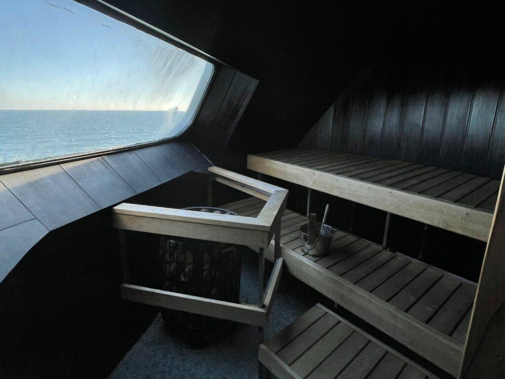 Commodore-lounge på Silja Symphony Bastu