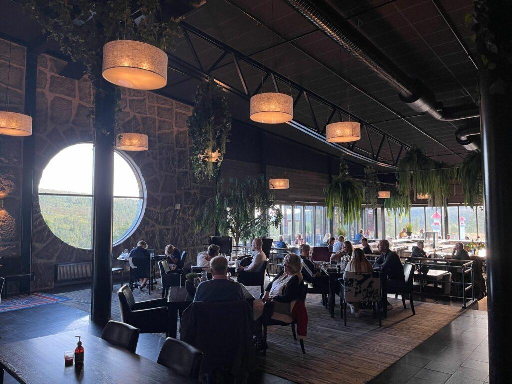 Högfjällshotellet på sommaren - restauranger